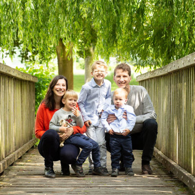 Family photoshoot outdoor. Photographer Cheryl Catton. Making memories.
