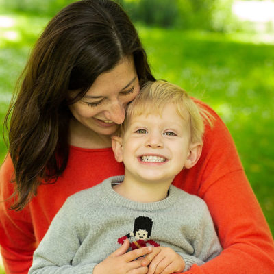 Family photoshoot outdoor. Photographer Cheryl Catton. Making memories. Mum