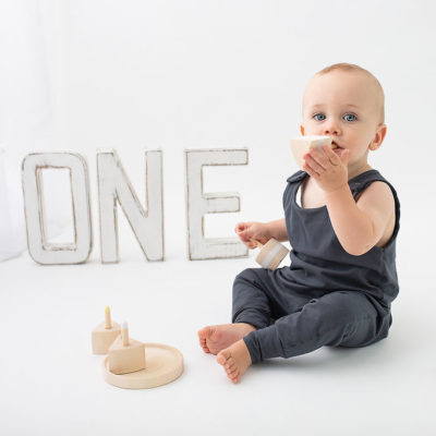 Milestone photography. First birthday photoshoot in Woking. Photographer Cheryl Catton.
